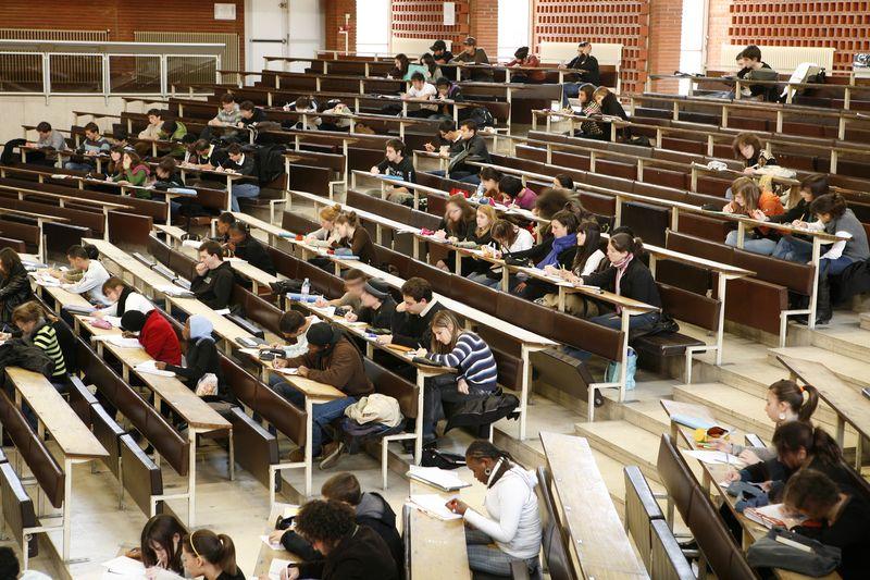 Amphithéâtre Despax avec étudiants